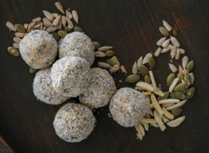 Low Carb Peanut Butter Bliss Balls
