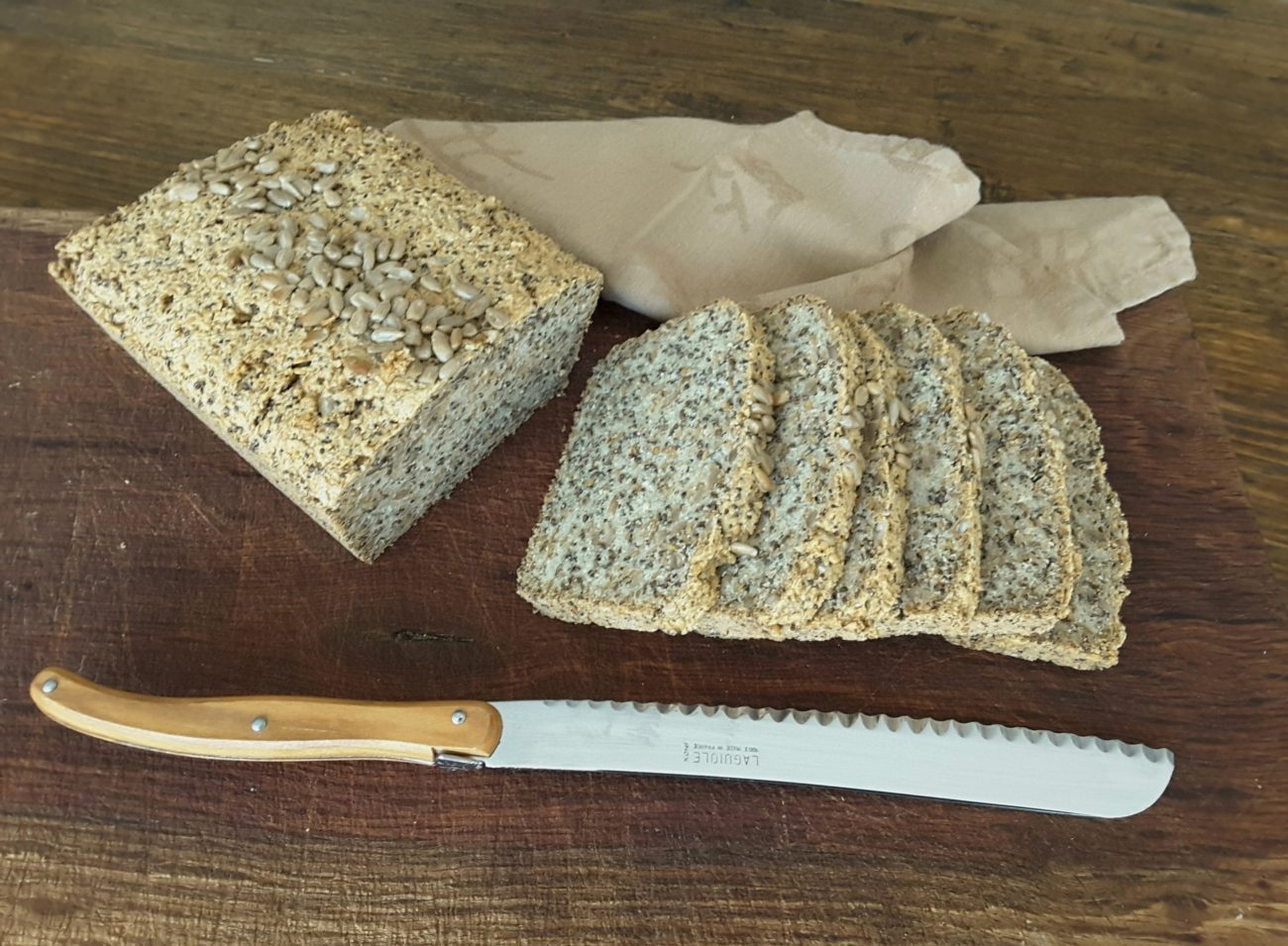 Healthy low carb bread recipe