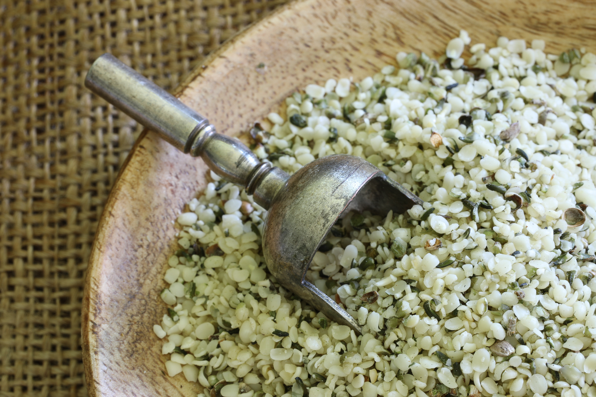Hemp Seed Benefits And How To Use Them Ketohh Recipes And Nutrition