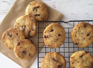 Loe Carb Chocolate Chip Cookies