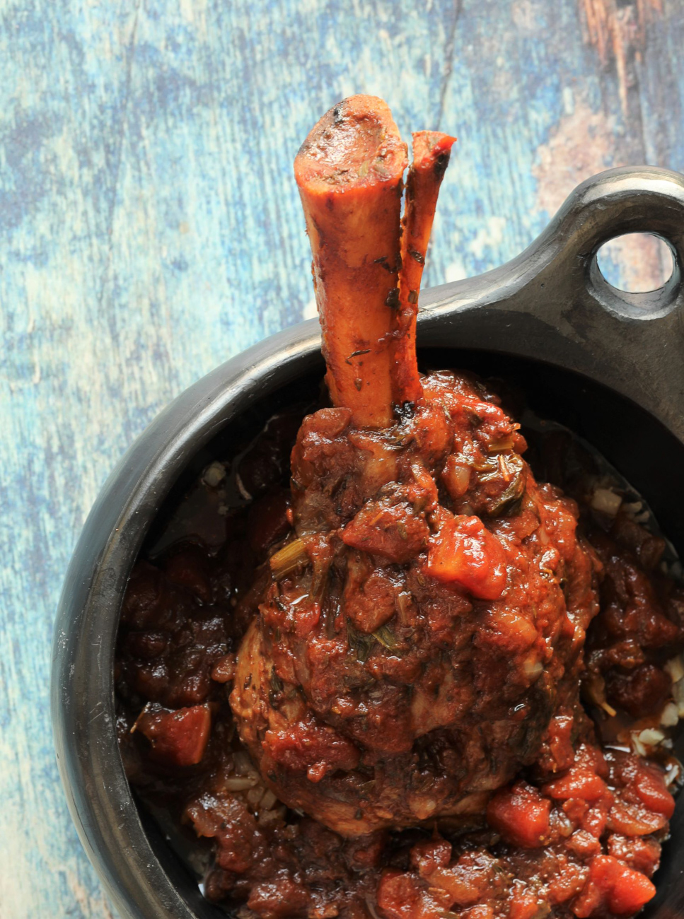 slow cooker lamb shanks in red wine