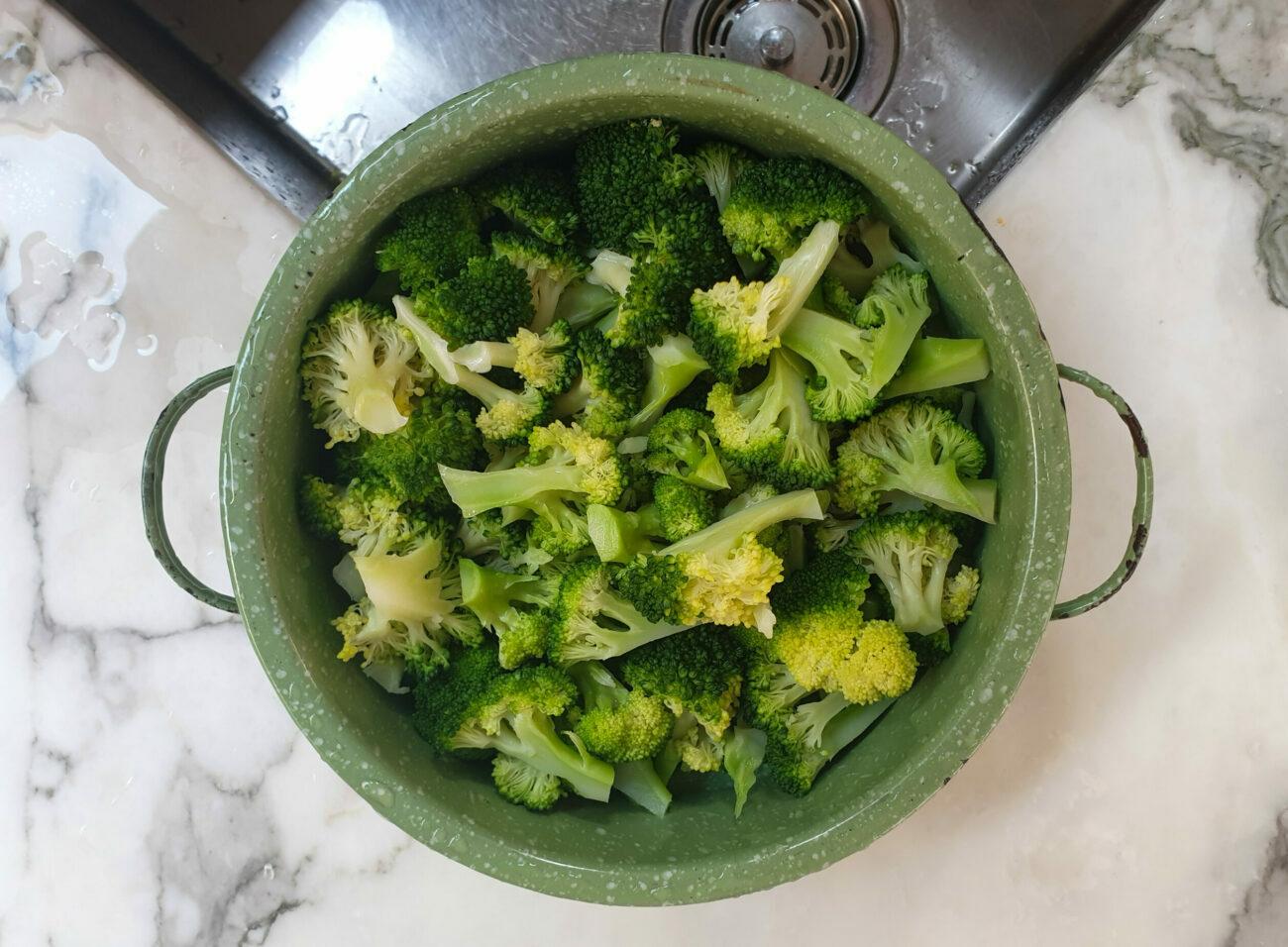 Low Carb Broccoli Bacon Salad